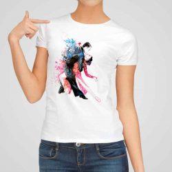 Дамска тениска Страстни Танци е изработена от висококачествен памук и последно поколение технология на печат. Ярки цветове и прецизен детайл – сякаш някой е рисувал с четка и бои върху плата.