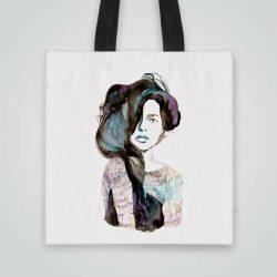 Дизайнерска чанта от плат Буйни Коси се шие индивидуално за вас - лека, сгъваема, разпознаваема дамска чанта или удобна чанта за пазар.