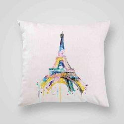 Декоративна калъфка Рисунка на Айфеловата кула е изработена от качествен текстил в натурален бял цвят, с щампа от едната страна и скрит цип за лесна поддръжка. Калъфката е ушита ръчно и с грижа, печатът е безопасен, с нетоксични мастила и трайни цветове.