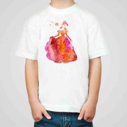 Детска тениска Красавицата и Звяра е изработена от висококачествен памук и последно поколение технология на печат. Можете да изберете тениска с принт по ваш вкус от от различните ни тематични серии.