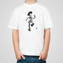 Детска тениска Шериф Уди е изработена от висококачествен памук и последно поколение технология на печат. Можете да изберете тениска с принт по ваш вкус от от различните ни тематични серии.