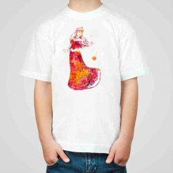 Детска тениска Спящата Красавица е изработена от висококачествен памук и последно поколение технология на печат. Можете да изберете тениска с принт по ваш вкус от от различните ни тематични серии.