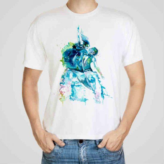 Мъжка тениска Модерни Танци e изработена от висококачествен памук с ярки цветове и прецизен детайл – сякаш някой е рисувал с четка и бои върху плата.