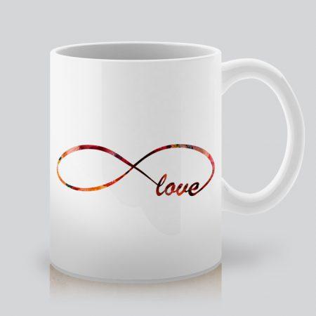 Чаша с щампа Love